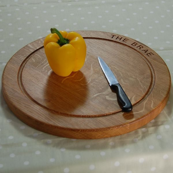 Personalised wooden chopping board, size 38x2.7cm, font Arial