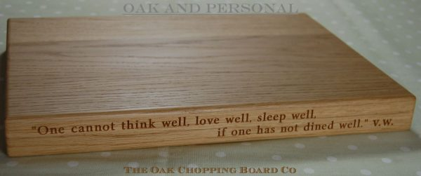 Wooden chopping board with 2 lines of text, size 30x40x4cm, font Byington