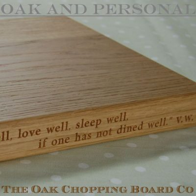 2-liner personalised wooden chopping board