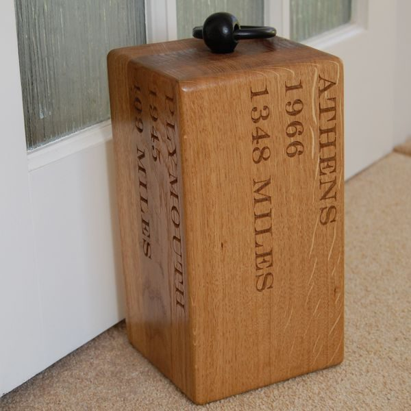 Engraved wooden door stop Navigator, font Engravers MT