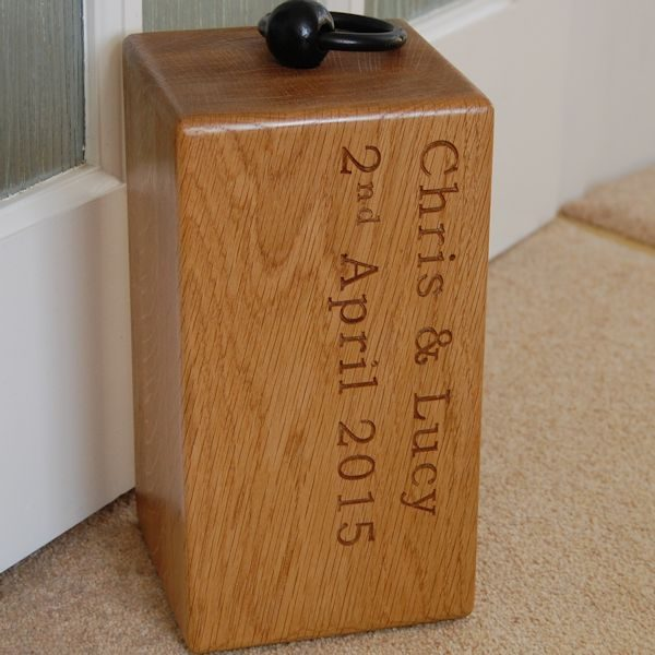 Engraved wooden door stop, font Bookman Old Style