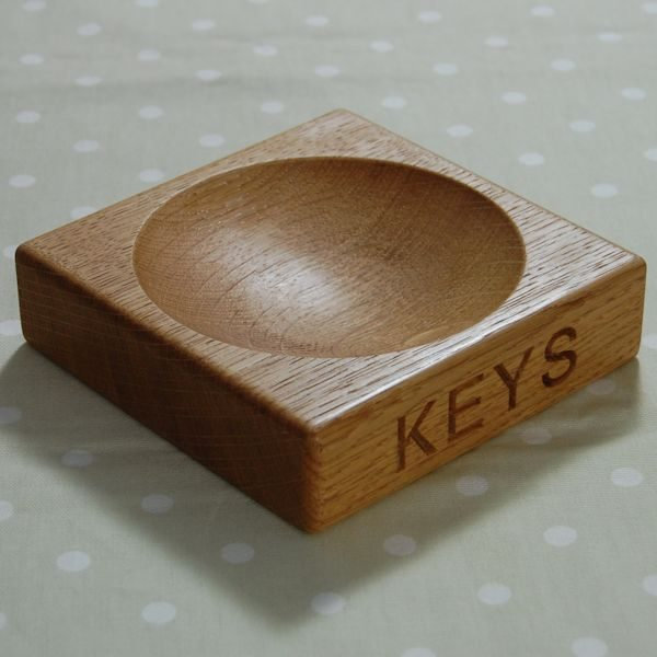 Hand crafted, engraved oak keys bowl, font Arial