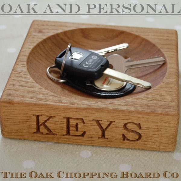 Hand crafted, engraved oak keys bowl, font Bookman Old Style