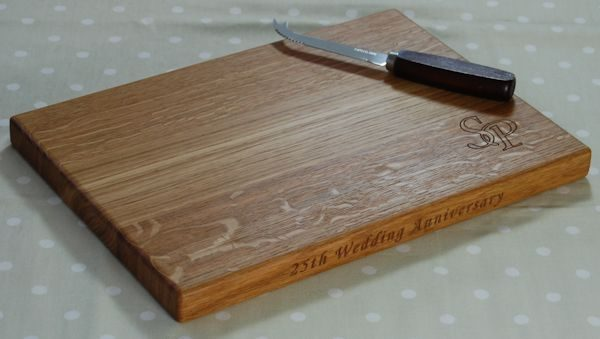 Engraved cheese board, size 25x35x2.7cm, font Art Script, optional cipher