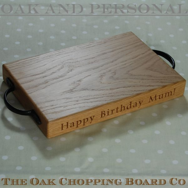 Personalised rustic oak cheese board, size 20x30x4cm, font Times New Roman