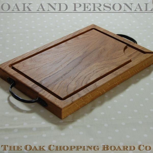 Rustic wooden carving board, size 30x45x4cm