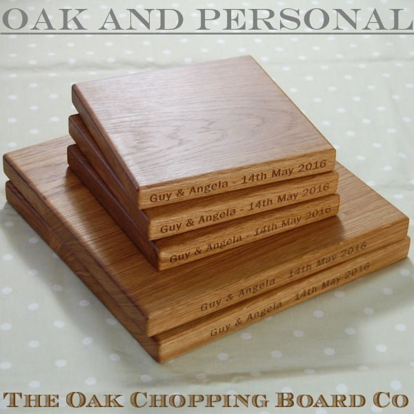 Set of personalised wooden chopping boards, font Franklin Gothic Book