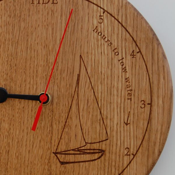 Personalised oak tide clock with 2D dinghy motif