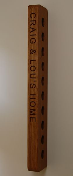 Engraved wooden wine rack, font Arial