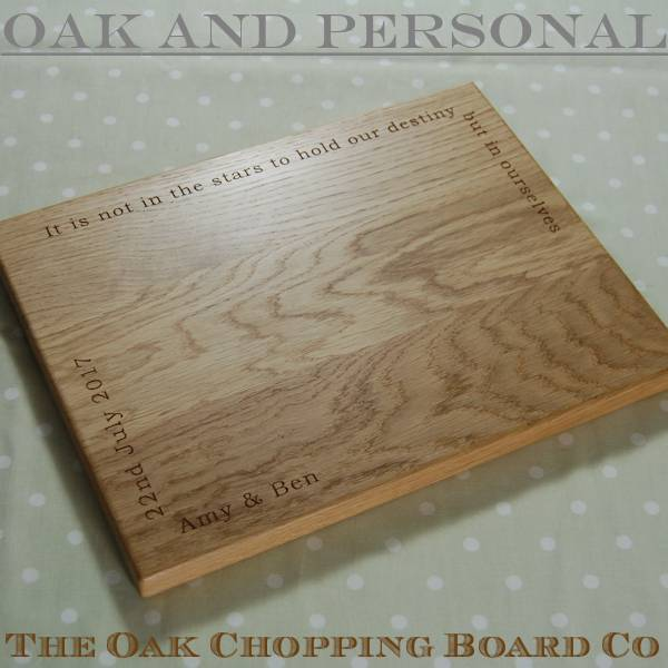 Personalised wooden cheese board, size 30x40x2.7cm, font Bookman Old Style